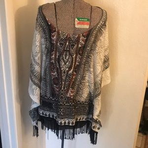 Hippie shirt with fringes